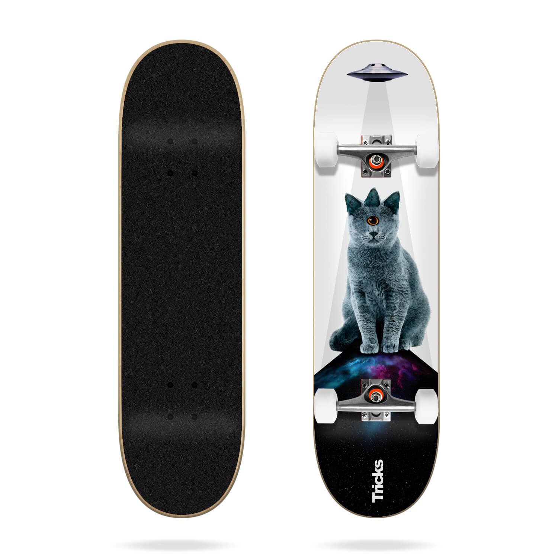 "Tricks UFO 8.0"" complete skateboard"
